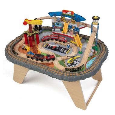 Speeltafel transportatiestation treinset